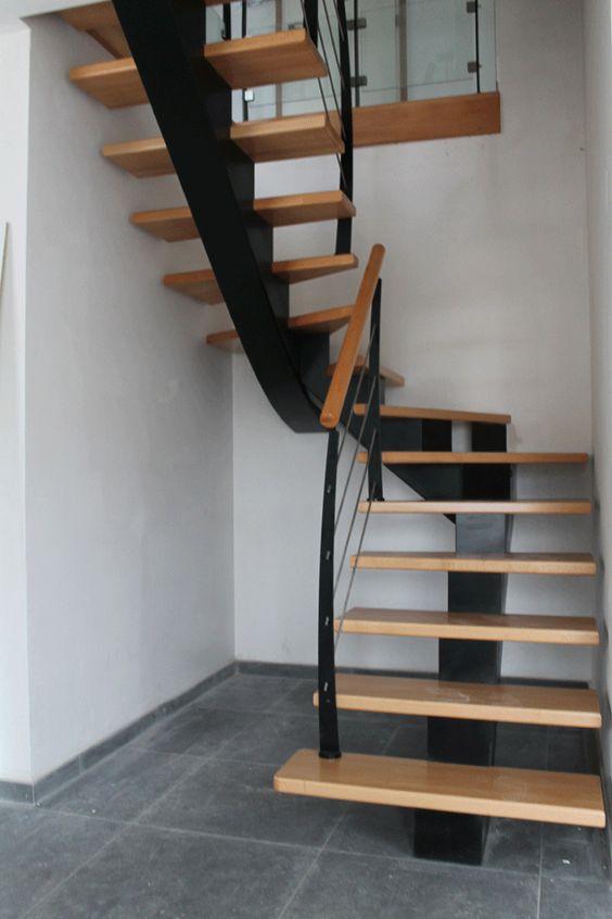 escalier int rieur mat riaux formes et prix pour bien choisir. Black Bedroom Furniture Sets. Home Design Ideas