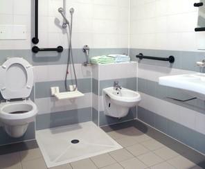 Amenager une salle de bain handicape - Amenager la salle de bain ...