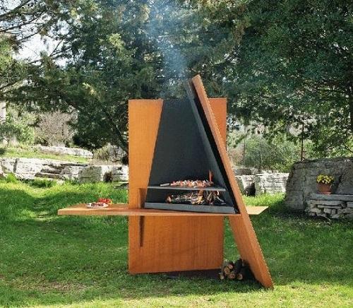 Barbecue design en bois et en acier