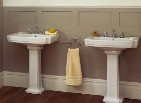 Salle de bain bien choisir les l ments qui la compose for Lavabo sur pied salle de bain