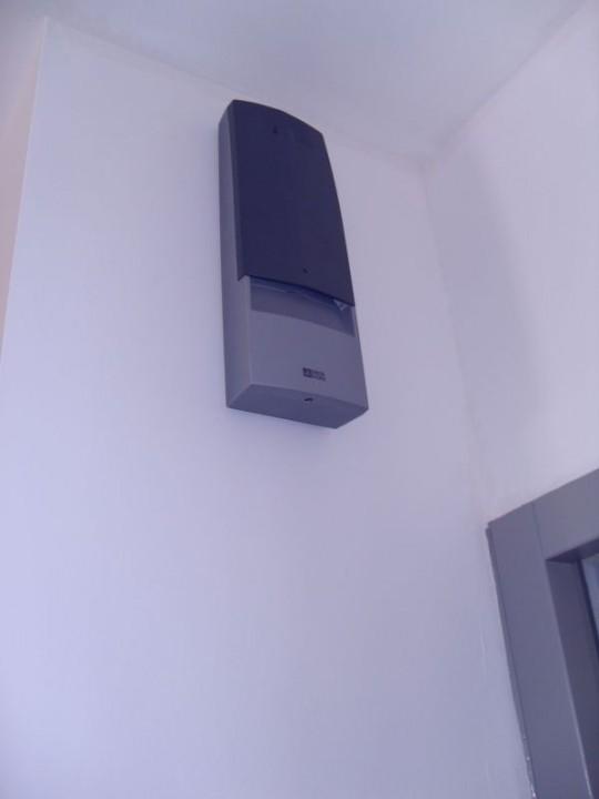 chantier alarmes anti intrusion et anti incendie habitatpresto. Black Bedroom Furniture Sets. Home Design Ideas