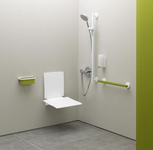 Accessibilité salle de bains senior