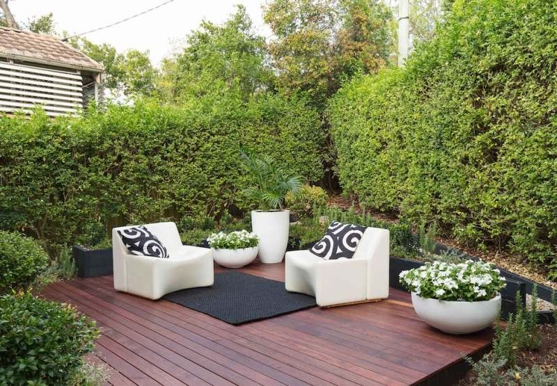 Amenager une petite terrasse maison design for Amenager une terrasse jardin