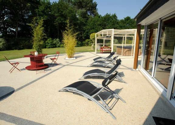 Offrez vous une terrasse b ton d coratif habitatpresto for Prix d une terrasse en beton
