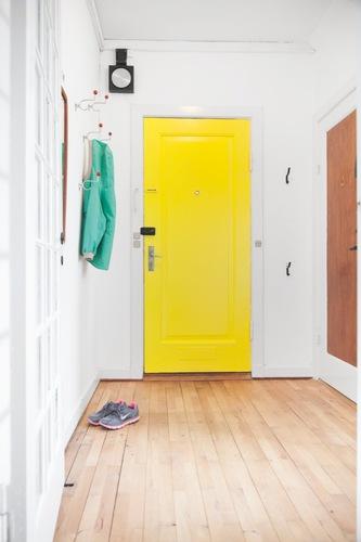 8 id es d co de peinture pour portes int rieures for Couloir peinture bicolore