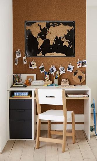 Bureau enfant carte du monde