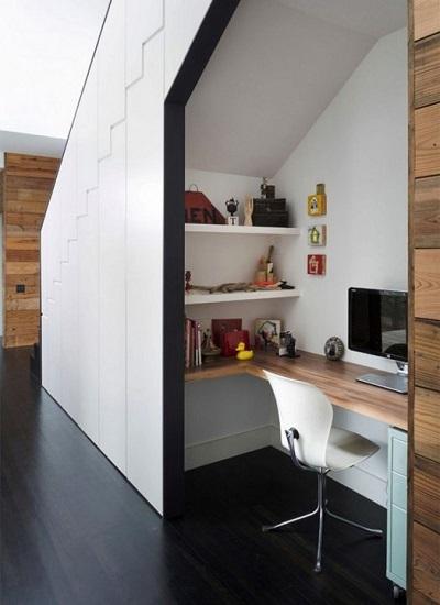 Bureau sous escalier 1