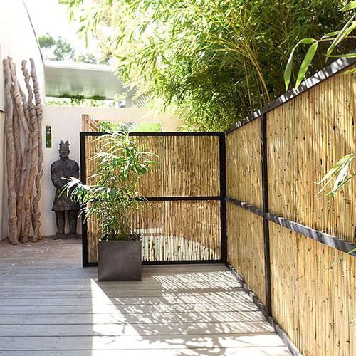 Installer des canisses : 5 idées pour décorer votre terrasse