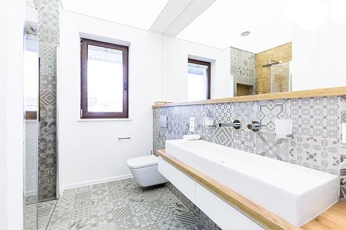 faïence murale salle de bains