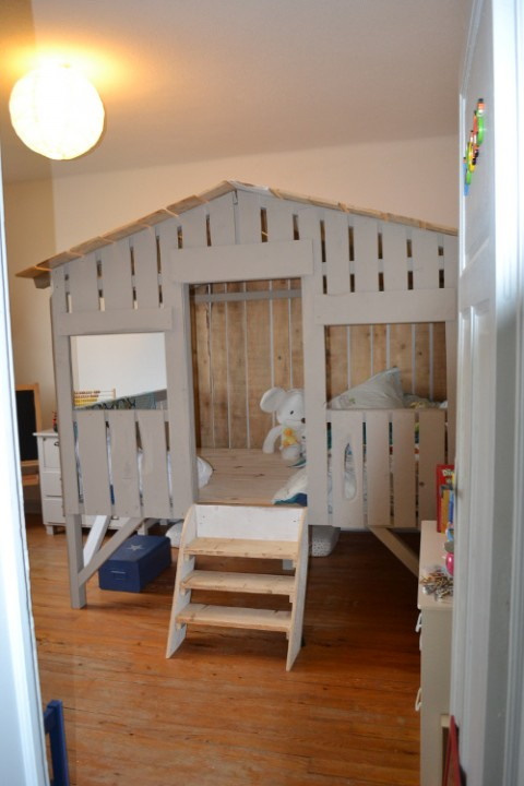 bien choisir un lit cabane pour enfant habitatpresto. Black Bedroom Furniture Sets. Home Design Ideas