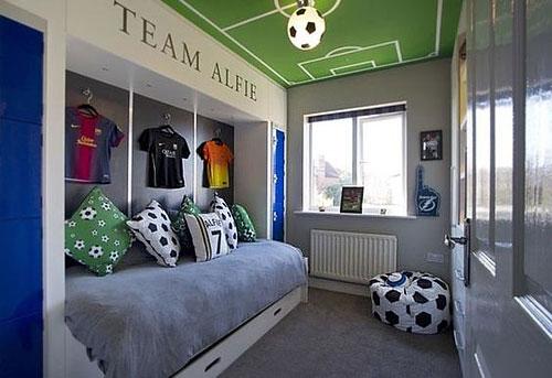 coupe du monde de football 10 inspirations d co pour une chambre d enfant habitatpresto. Black Bedroom Furniture Sets. Home Design Ideas