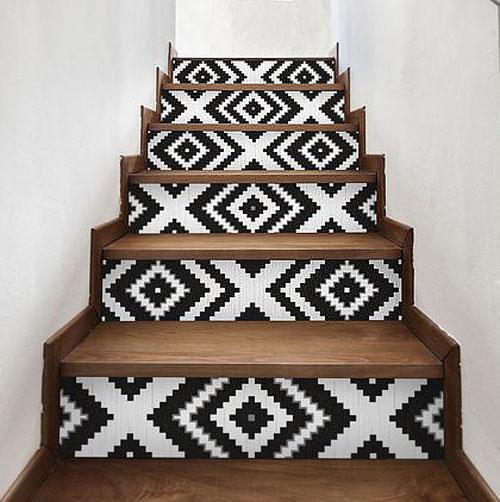 Deco chute papier peint - escalier