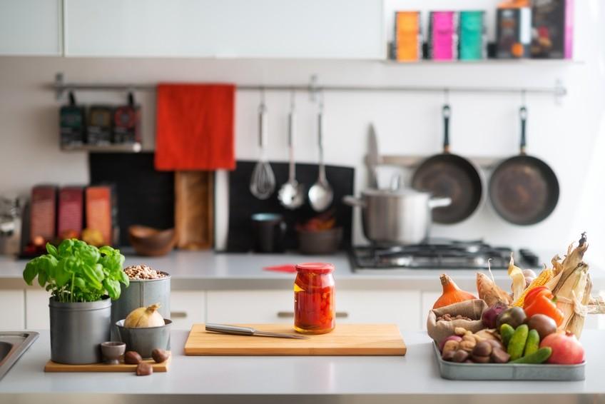 Qui de l 39 artisan ou du cuisiniste choisir habitatpresto - Quel cuisiniste choisir ...