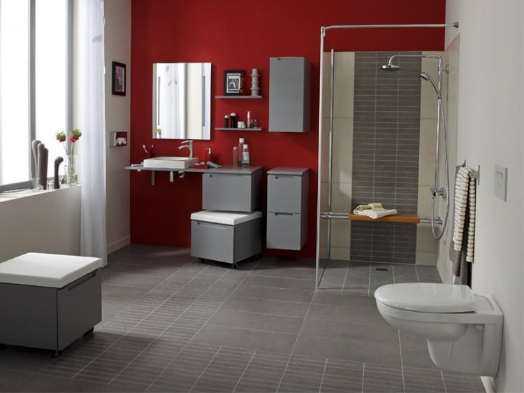 salle de bain personnes agees
