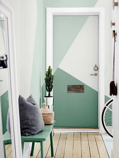 Entrée appartement peinture géométrique
