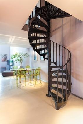 Choisir son escalier mat riaux formes et prix habitatpresto - Changer un escalier de place ...