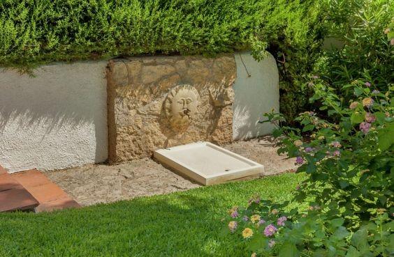 fontaines et cascades de jardin les meilleures inspirations d co habitatpresto. Black Bedroom Furniture Sets. Home Design Ideas