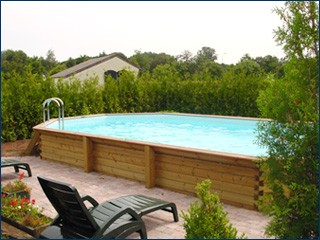 Piscine hors sol auto portante en kit ou en bois for Piscine semi rigide rectangulaire