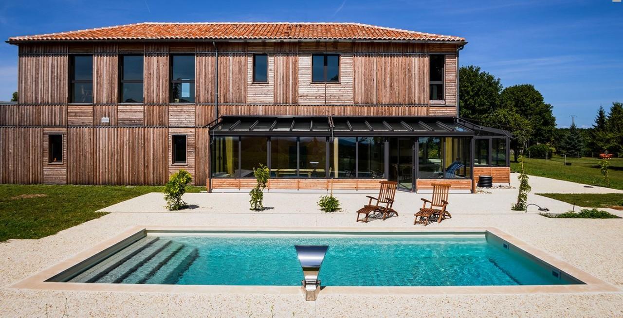 Terrasse mobile pour piscine, prix et infos pour bien choisir