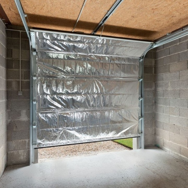 Comment isoler son garage porte et murs habitatpresto - Kit isolation porte de garage ...