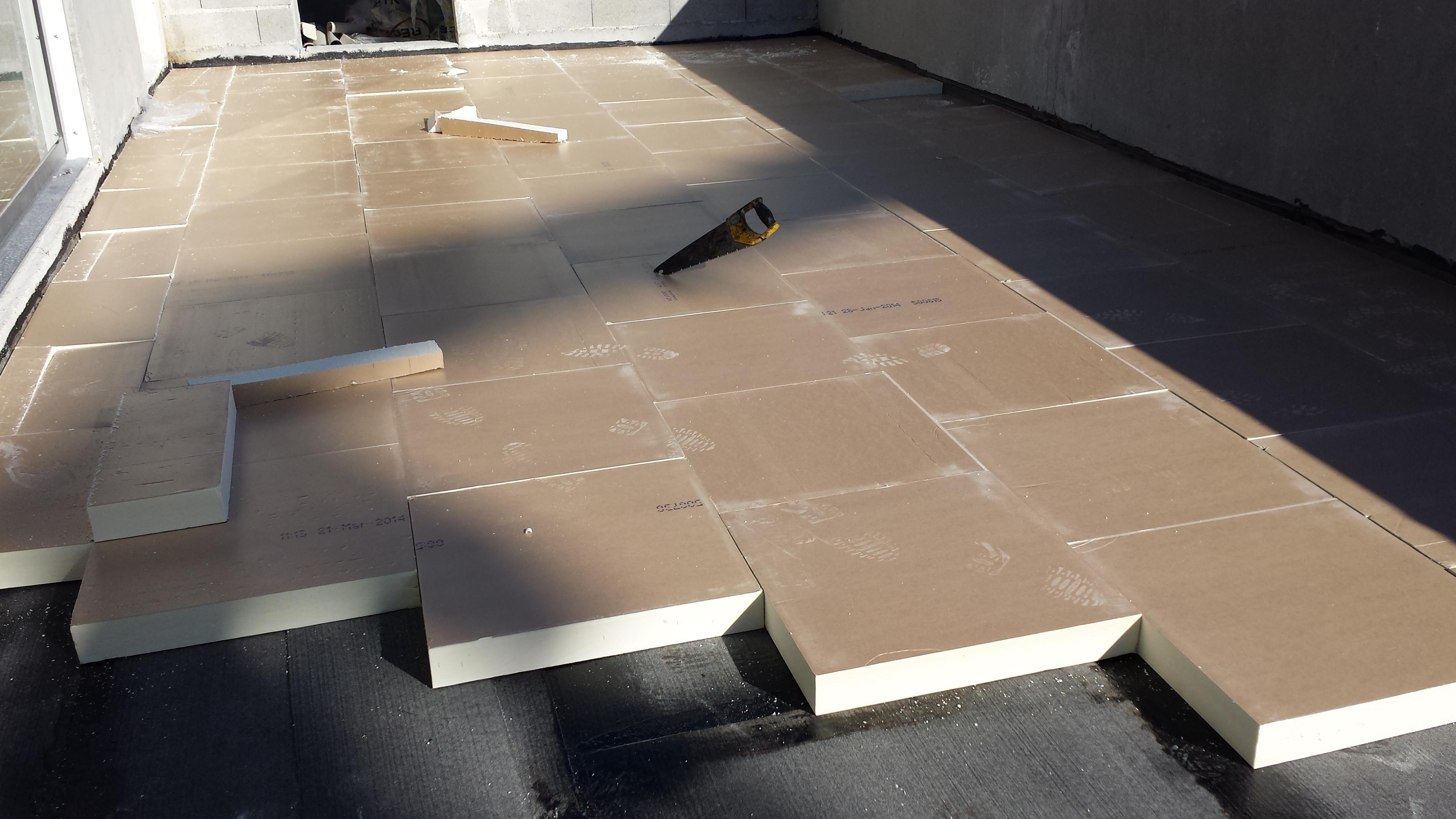 Comment Isoler Son Garage Moindre Cout isolation d'un toit plat : les infos indispensables