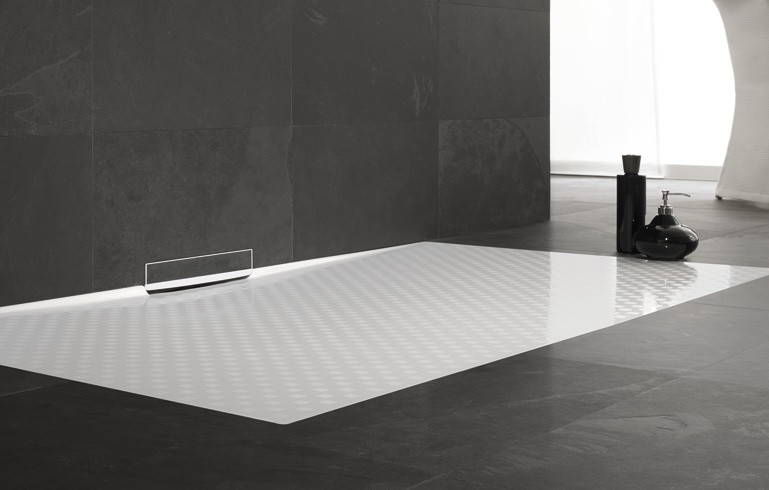 une douche vacuation murale habitatpresto. Black Bedroom Furniture Sets. Home Design Ideas