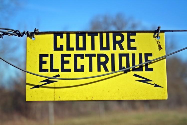 panneau affiche electrique