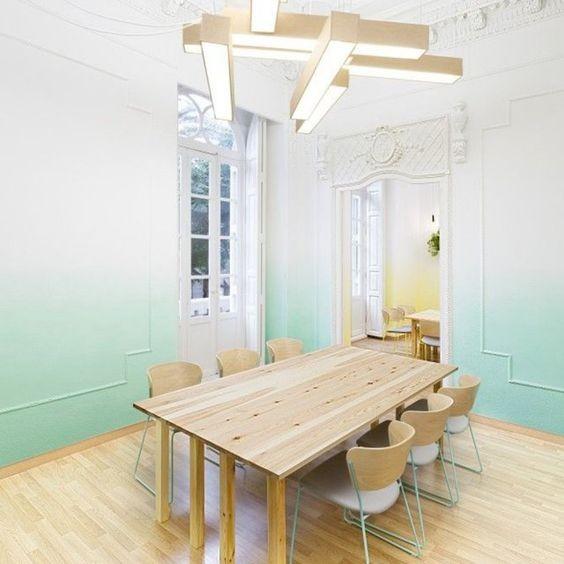 Osez le tie and dye pour la peinture murale habitatpresto for Peinture a la mode