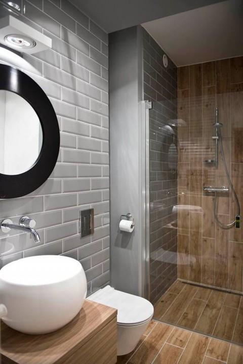 Petit espace baignoire ou douche que choisir for Douche et baignoire dans petite salle de bain