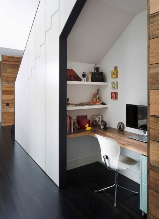 Créer un coin bureau sous l\'escalier | Habitatpresto