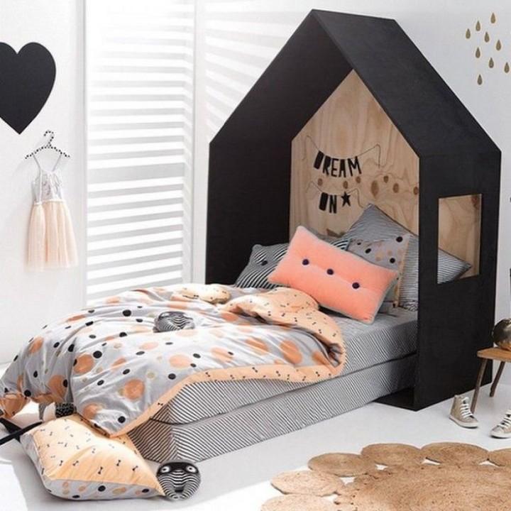 10 id es de chambre originale pour enfant habitatpresto for Balancoire pour chambre