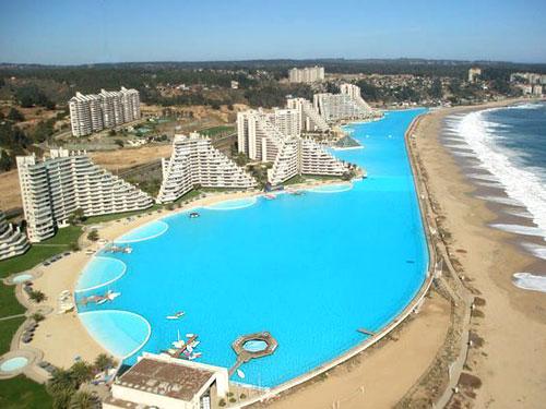 piscine_insolite_grande