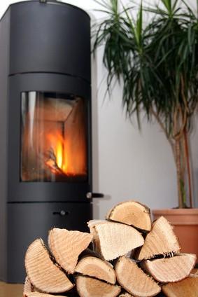 chauffage bois cheminée poêle à bois granulés pellets
