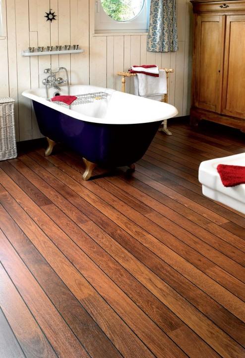 choisir du parquet spécial salle de bain | habitatpresto - Parquet Flottant Pour Salle De Bain