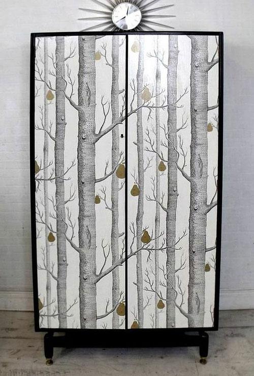 Relooker ses meubles avec du papier peint 6 id es d co originales - Quel papier peint avec meuble merisier ...