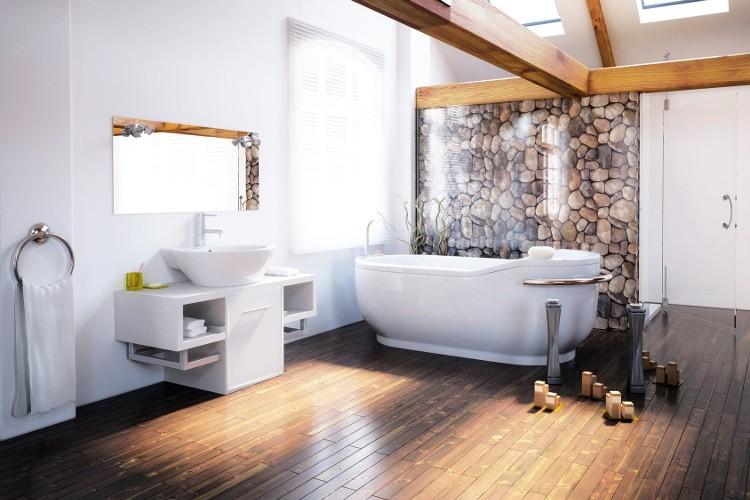 baignoire et plancher en bois l 39 union sacr. Black Bedroom Furniture Sets. Home Design Ideas