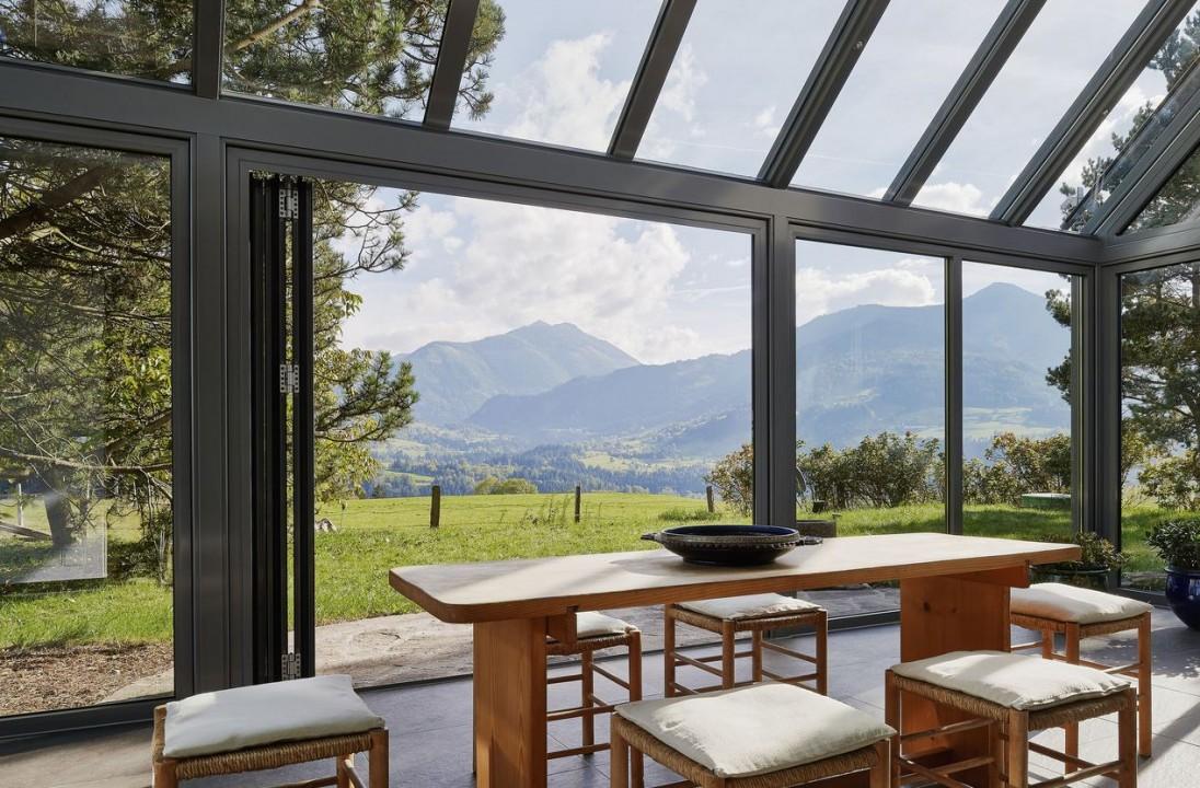 6 travaux faire cet t habitatpresto - Meubles pour veranda ...