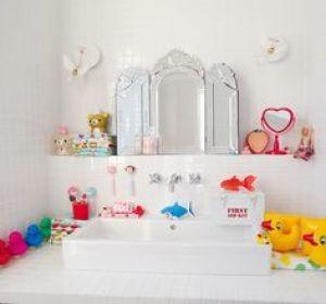 Aménager la salle de bain pour des enfants