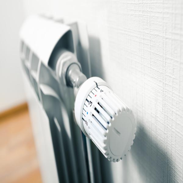 quel chauffage choisir pour sa maison sa commune peu se chauffer pour moins de uac par an prix. Black Bedroom Furniture Sets. Home Design Ideas