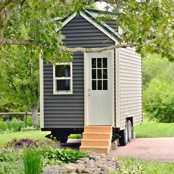 prix tiny house prix un mini budget pour une mini maison habitatpresto. Black Bedroom Furniture Sets. Home Design Ideas