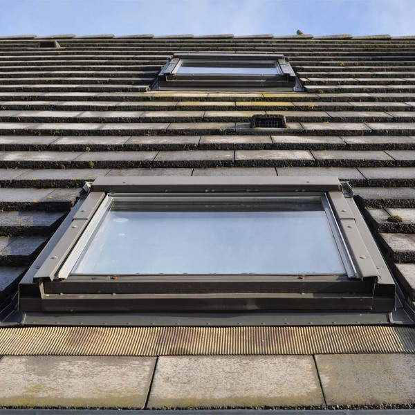 Velux Balcon Tuto Bricolage Installer Une Fenetre De Toit