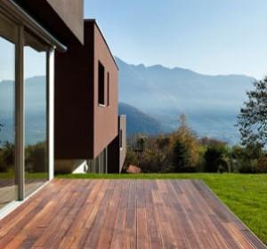 terrasse en bois prix et caract ristiques pour bien choisir habitatpresto. Black Bedroom Furniture Sets. Home Design Ideas
