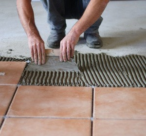 Carrelage au sol tout savoir habitatpresto for Carrelage clipsable